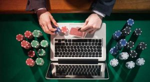 UK Lawmakers Call for Introduction of Online Casino Betting Caps